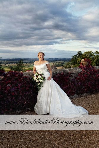 Wedding-photos-Rockingham-Castle-G&M-Elen-Studio-Photography-s-025.jpg