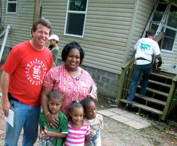 Jim Bob Duggar with the Canada Family!