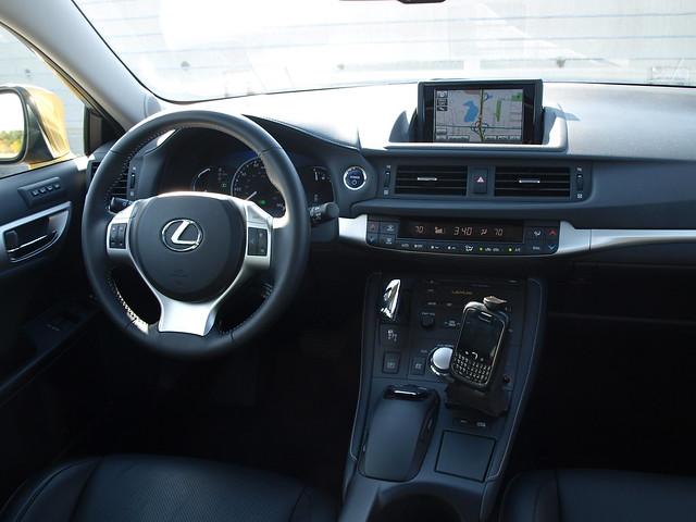 2011 Lexus CT 200h 15