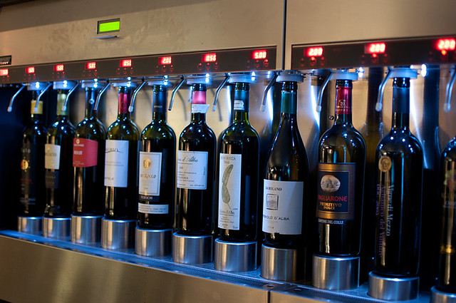 Giovane wine bar Enomatic wine system