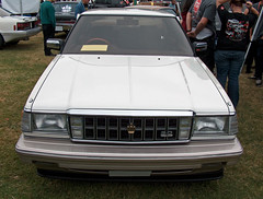 1986 Toyota Crown Royal Saloon front (Ate Up With Motor) Tags: cars 30 sedan longbeach toyota crown 1986 jdm rhd carshows royalsaloon queenmaryeventspark 7thannualjapaneseclassiccarshow