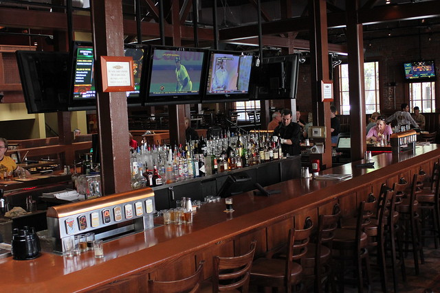6203329282 6bd67701d0 z Beer Bar   Rock Bottom Brewery