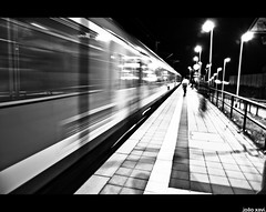 (.joao xavi.) Tags: light luz night train germany bayern deutschland licht nacht zug noite trem bahn regional alemanha nürnberg baviera allersberg bavária