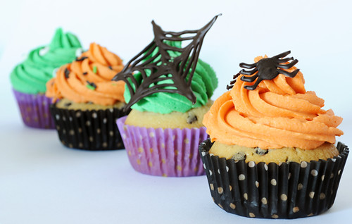 Halloween Cookie Dough Cupcakes