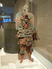 Standing Ruler (Diorama Sky) Tags: sculpture art museum architecture ceramic texas maya kahn figure artmuseum figurine royalty fortworth kimbell louisikahn kimbellartmuseum lateclassicperiod fortworthculturaldistrict dioramasky