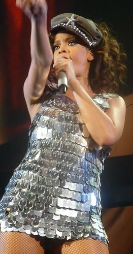 rihanna - bercy 2011 - 258