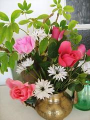 A different tea rose! Challenge pic #18 (Cathlon) Tags: flowers roses plant teapot brass challenge ansh scavengerchallenge challenge18