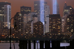Tribute in Lights 9/11 (kevinh_photos) Tags: nyc newyorkcity ny freedom worldtradecenter 911 nypd wtc sept11 neverforget fdny groundzero 2011 freedomtower 91111 tributeinlights papd kevinhphotos