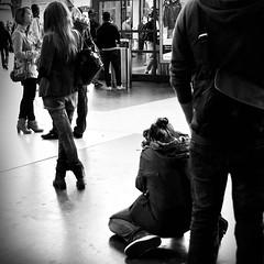At Work (AincaArt) Tags: street people blackandwhite bw woman man thanks switzerland rainyday strasse zurich streetphotography hauptbahnhof workshop sw mann zürich frau atwork mainstation regentag danke mungga cantonofzurich strassenfotografie nikond7000 aincaart