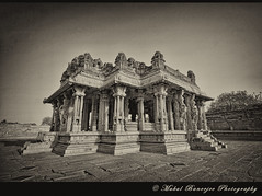Kalyana mandapam (Marraige Hall), Vittala Temple, Hampi, Karnataka(BW) (Mukul Banerjee (www.mukulbanerjee.com)) Tags: sculpture india art heritage history tourism beautiful statue festival stone architecture temple photography photo nikon indian traditional tourist unescoworldheritagesite unesco worldheritagesite photographs idol temples historical pooja tradition dslr karnataka hindu archeology mythology 14thcentury puja hampi worldheritage southindia vijayanagar d60 sigma1020mm northkarnataka tungabhadra historicalindia krishnadevaraya nikond60 vijayanagara virupakshatemple indianheritage achyutaraya vijayanagarkingdom bymukulbanerjee mukulbanerjee mukulbanerjee mukulbanerjeephotography mukulbanerjeephotography wwwmukulbanerjeecom wwwmukulbanerjeecom