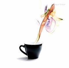 Aromas II (Enrique Pellejer) Tags: white color colour blanco cup café ar smoke smell colored taste coffe taza humo aroma té sabor augmentedreality olor fzfave misionfez110901