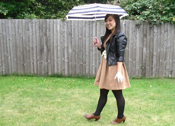 hailey and umbrella