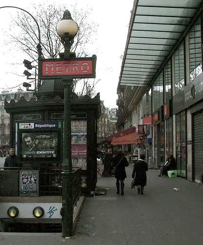 metro republique-paris-2011