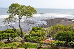 Caf Sunzal casi en Otoo (Javier Pimentel) Tags: beach pacificocean elsalvador pacfico centralamerica centroamerica oceanopacfico surfingspot