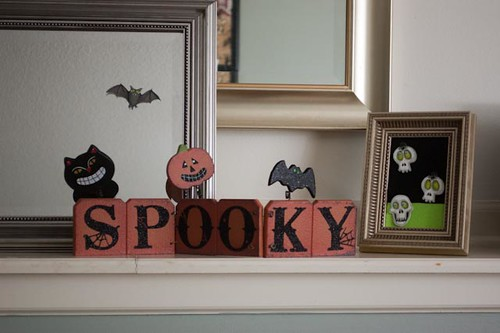 Halloween Family Room Decor