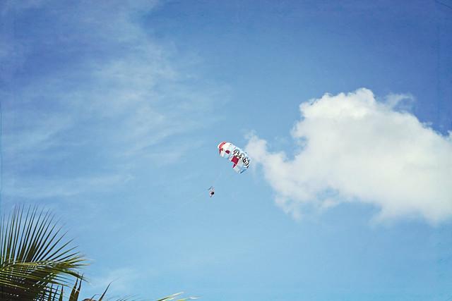 Fort Lauderdale beach parasailing