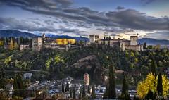 Alhambra desde el Albaicn (Granada, Spain) (dleiva) Tags: world light sunset espaa heritage luz architecture de la andaluca spain arquitectura andalucia unesco alhambra granada crepusculo grenade domingo hdr leiva humanidad patrimonio iluminada dleiva