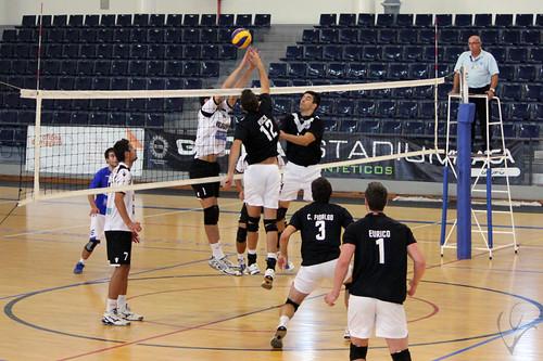 Voleibol: Vilacondense 0-3 Vitória