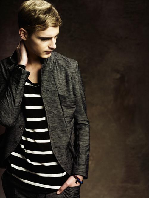Jesper Larsson0161_GalaabenD SS12 Lookbook(Fashion Press)