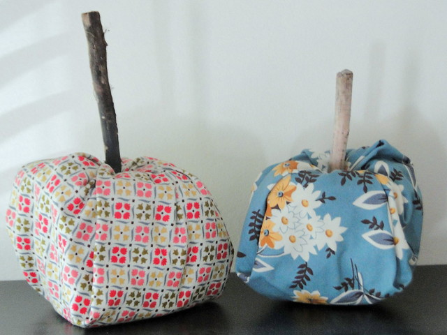fabric pumpkins!