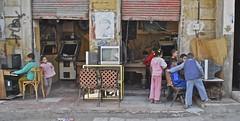 Sale giochi egiziane (Baruda) Tags: egypt cairo arab egitto martiri manifestazione rivolta rivoluzione hosnimubarak nikon200 baruda piazzatahrir valentinaperniciaro midanaltahrir primaveraaraba