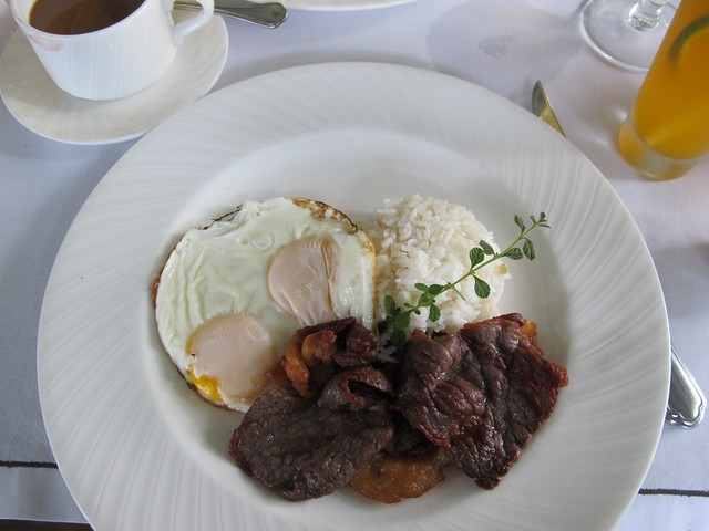 Breakfast at Antonio's (33)