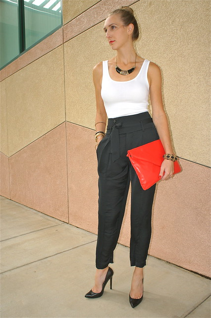 Black high waisted pants outfit