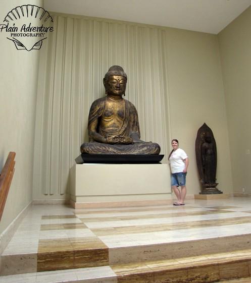 Karen by statue