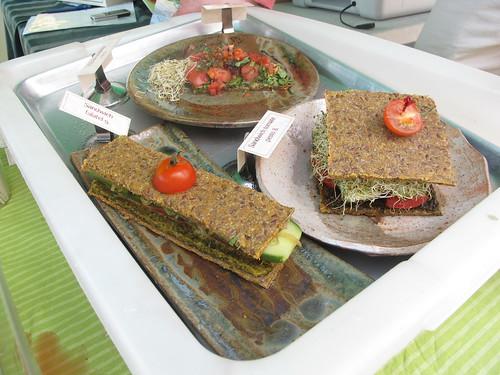 Raw food sandwiches