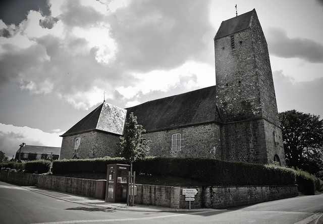 Saires-la-Verrerie - church