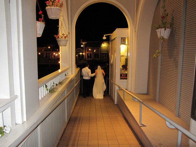 Bride & groom leaving to start a new life
