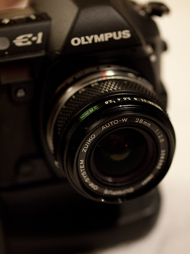 E-1 with OM 28mm 1:2.8