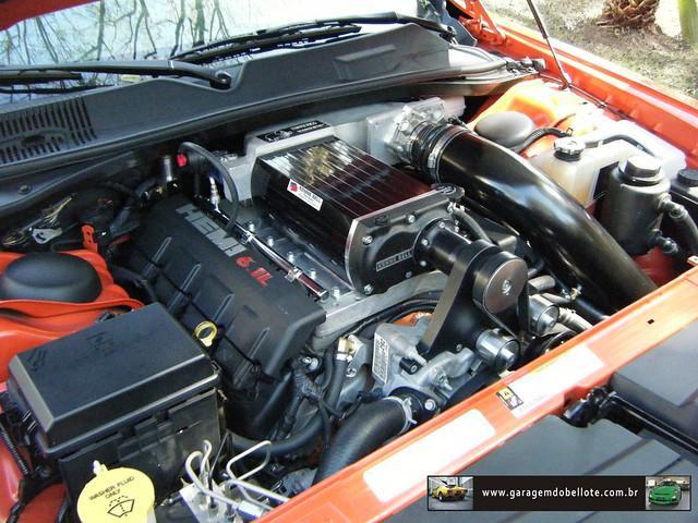 V8 + supercharger = 650 cv