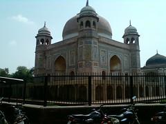 Baba Murad Shah - Guru di Mazaar entrance (punjab2011) Tags: punjab noorjahan noormahal emperorshahjahan emperorjahangir nurmahal noormahalserai