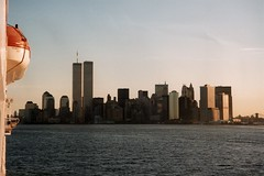Manhatten New York (Aah-Yeah) Tags: new york columbus tower sunrise twin amerika sonnenaufgang manhatten caravelle