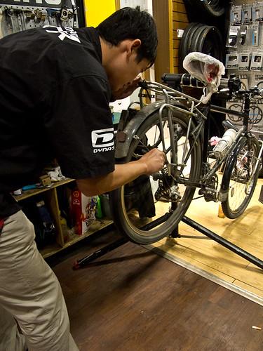 Chengdu bike mechanic