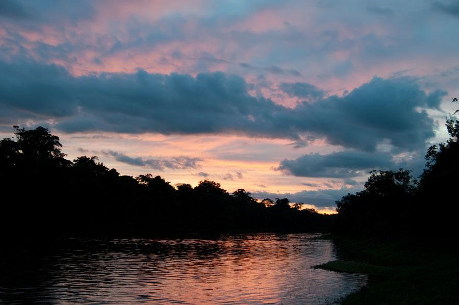 Притоки Амазонки.. Амазонка, Перу 2011 © Kartzon Dream - авторские путешествия, авторские туры в Перу, тревел видео, фототуры