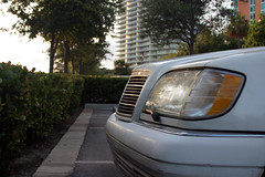 The  Ghost (Micho Photographer) Tags: cars miami s 420 class 1993 600 mercedesbenz 1997 luxury 320 v12 560 شبح مرسيدس