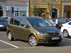 Seat Alhambra (Eddy CJ) Tags: family brown car volkswagen model europe seat large olympus spanish romania alhambra van minivan related 2010 cluj napoca mpv sharan 2011 worldcars monovolume sp560uz