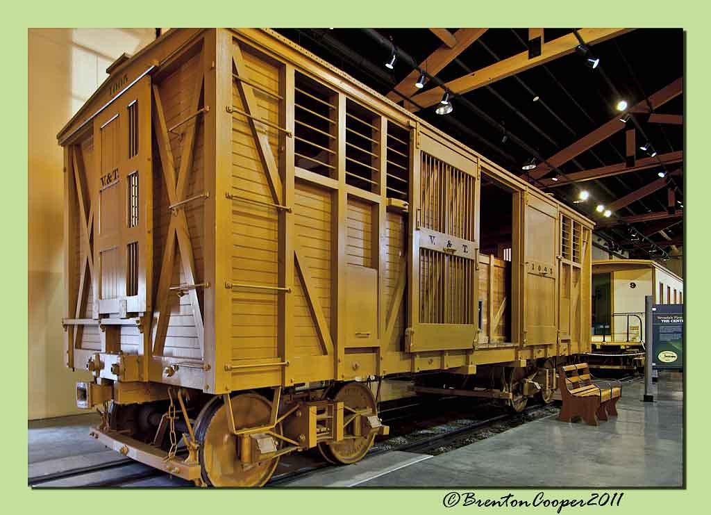 V & T Boxcar # 1005