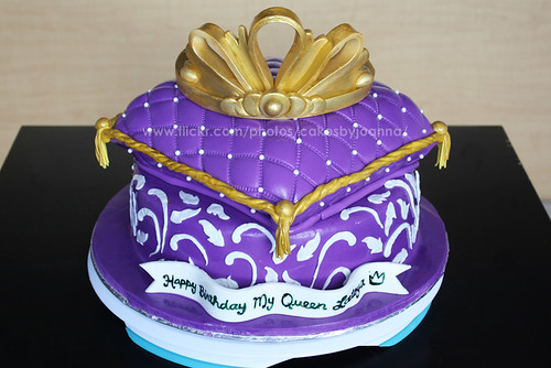 Purple Cake Queen Themed