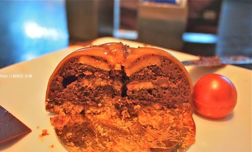 艾美寒舍巧克力光廊冠軍蛋糕