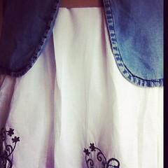 A white skirt for the 4th of #frocktober but I'd rather be wearing jeans today #schoolholidays bit.ly/qaoqSo