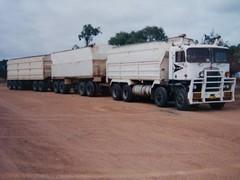 Trucks 002 (81_aero) Tags: road old classic train 1982 twin wa steer roadtrain kenworth k125