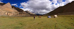 Campsite (Gekko82) Tags: travel camping india nature trekking canon landscape travels stitch colourful himalaya ladakh reizen markhavalley beautfiul rupshu gekko82