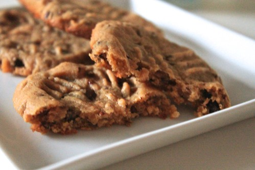 Peanut Butter Cookies with Flax Seeds and Chocolate
