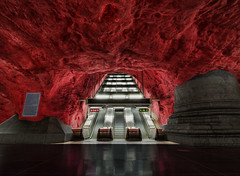 Into the Dragon's Lair (Tobias Lindman) Tags: architecture photoshop subway nikon metro sweden stockholm details swedish tokina dri hdr hdri topaz rdhuset adjust infocus postprocessing photomatix 1116 tonemapped tonemapping enhancer denoise cs5 tunnelbanestation 1116mm d7000 topazadjust