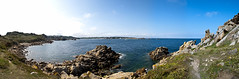 Pointe de Primel (Matthieu Luna) Tags: pictures mer france digital canon eos rebel photo photographie pano sigma bretagne os du matthieu pointe cote 31 plage 18200 rocher manche rochers panoramique baie primel ocan lanse finistere anse littoral trgastel xti diben 400d plougasnou