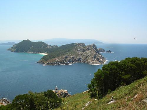 Vista de las 2 islas principales de las Cíes
