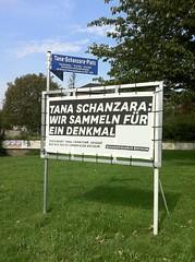 Tana-Schanzara-Platz (Bochum): Spendenplakat